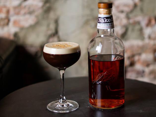 Photo d'un cocktail au whisky Naked